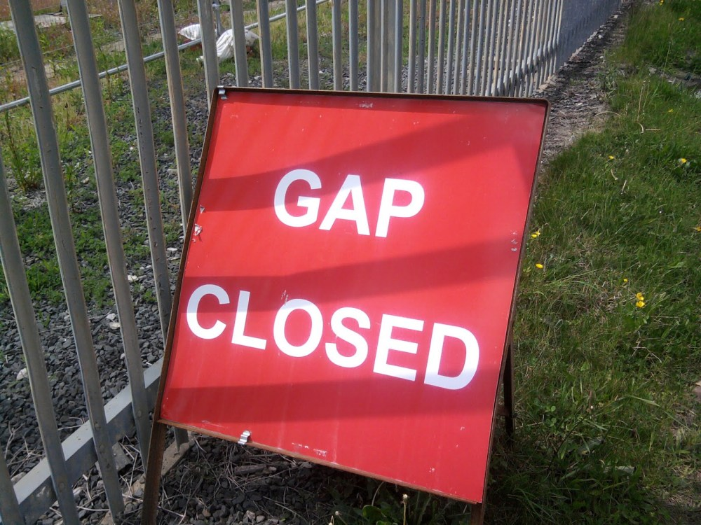 sign-gap-closed